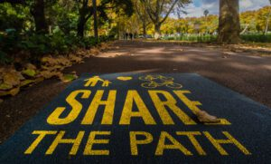 sign-on-the-path-in-a-park-in-perth-western-australia-but-maybe-it-has-a-wider-meaning-for-us-all_t20_Kor4Zx